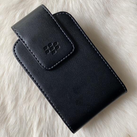 Blackberry Swivel Clip Black Cell Phone Case